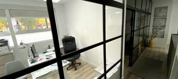 Oficina de Serna & Sáez Abogados.